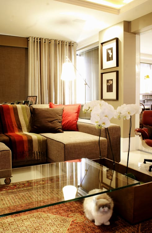 Apartamento Mont Serrat – Porto Alegre: Salas de jantar  por Karin Moraes