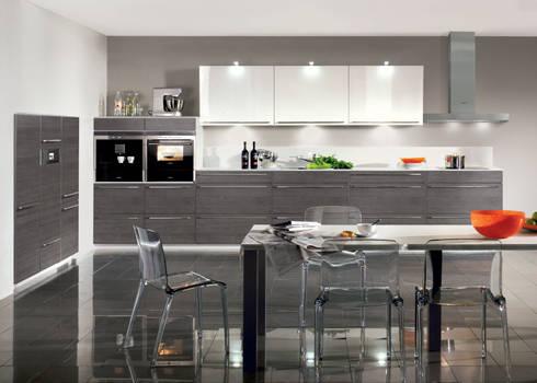 individuelle k chen von kiveda deutschland gmbh homify. Black Bedroom Furniture Sets. Home Design Ideas