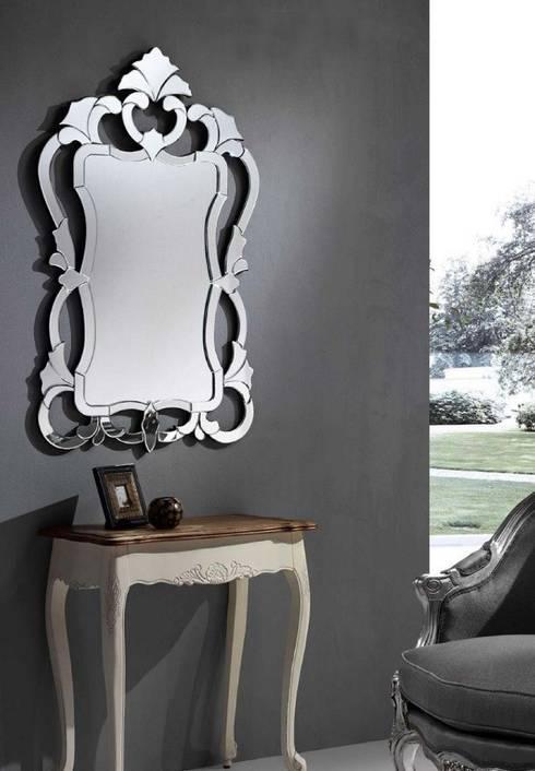 Espejo Clásico Cirone: Vestidores de estilo clásico de Ámbar Muebles