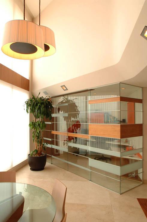PH B Las Nubes: Estudios y oficinas de estilo  por ARCO Arquitectura Contemporánea