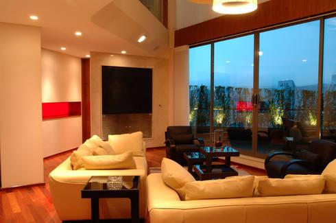PH B Las Nubes: Salas de estilo  por ARCO Arquitectura Contemporánea