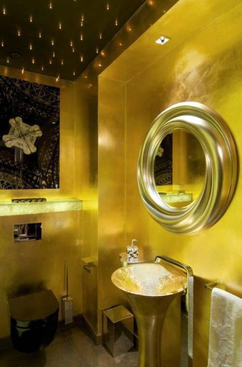 Banheiros modernos por Stephanie Coutas