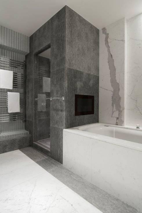 Bathroom by Stephanie Coutas