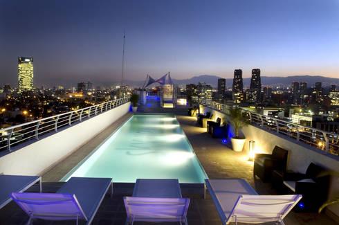 Skyview Polanco: Albercas de estilo  por ARCO Arquitectura Contemporánea