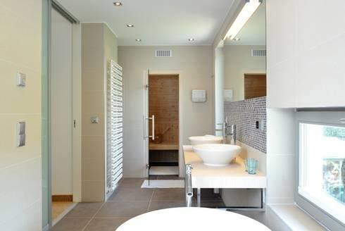 achternhus von die raumplaner homify. Black Bedroom Furniture Sets. Home Design Ideas