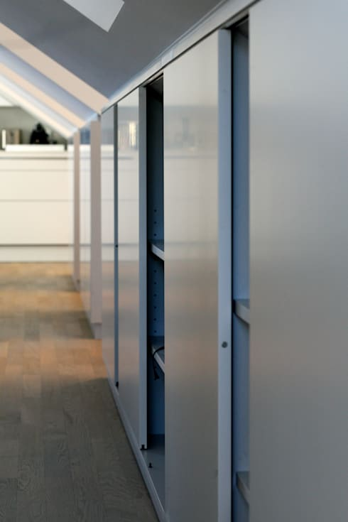 Soggiorno in stile in stile Moderno di tredup Design.Interiors