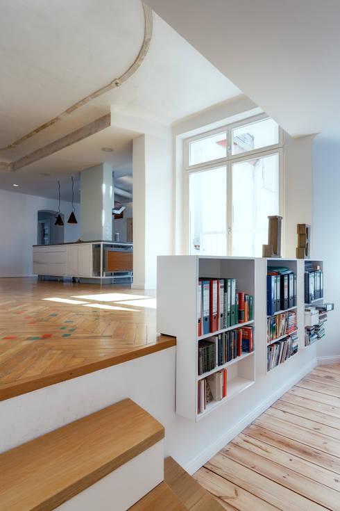 Projekty,  Salon zaprojektowane przez Ringo Paulusch