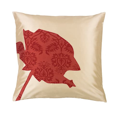 Rose Handmade Silk Cushion: tropical Living room by Le Cocon