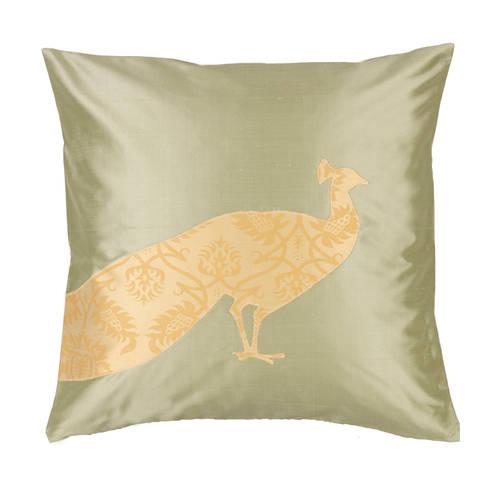 Peacock Handmade Silk Cushion: asian Living room by Le Cocon