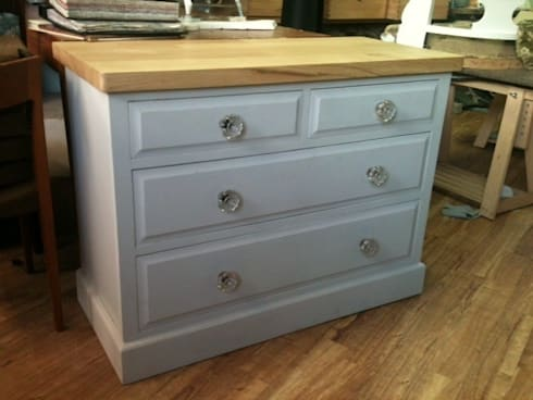 chest of drawers:  Interior landscaping by handmade