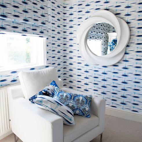 Vera Wallpaper and Fabric:  Walls & flooring by Gill Nono
