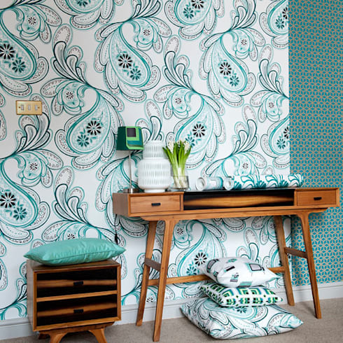 Strawberry Fields Wallpaper in colour Minty:  Walls & flooring by Gill Nono