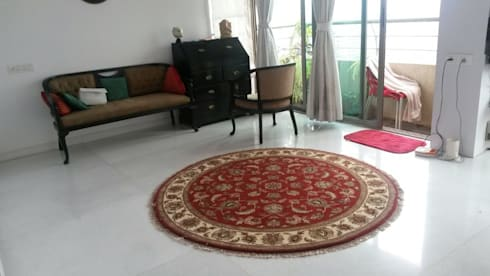 Hand Knotted Traditional Rugs:  Multimedia room by Indus Shanti Carpets India Pvt Ltd