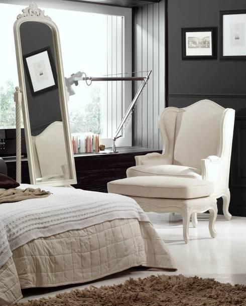Salas de estilo  por Paco Escrivá Muebles