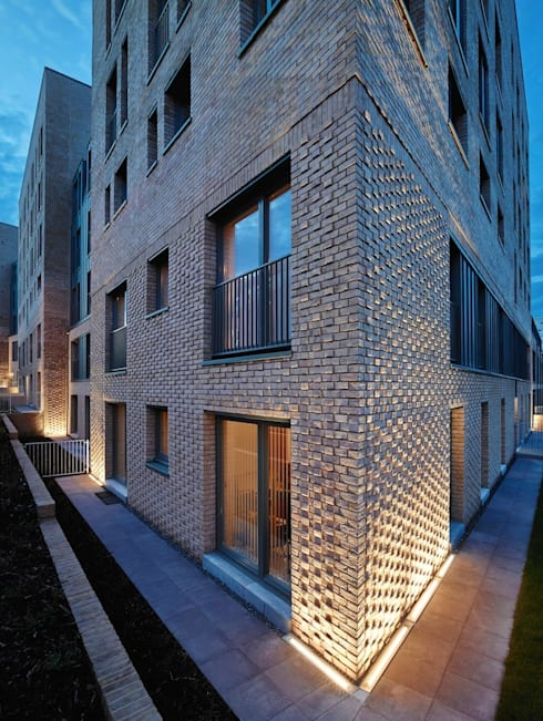 Argyle Street / Shaftsbury Place, Glasgow: modern Houses by Collective Architecture Ltd