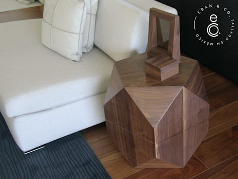 LOBELIA  de acento: Salas de estilo moderno por Eban & Co.