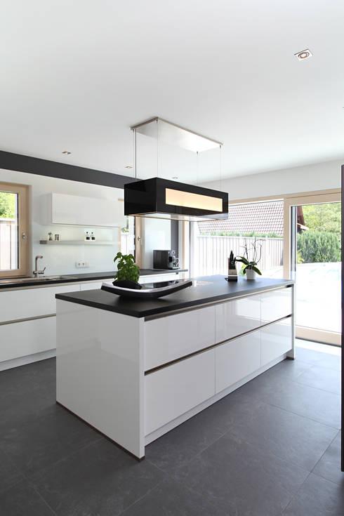Keuken door Bau-Fritz GmbH & Co. KG