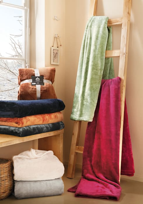Dormitorios de estilo  de Irisette GmbH & Co. KG
