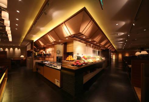 鍋源: HIDデザイン設計事務所が手掛けたオフィススペース&店です。