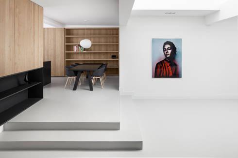home 11: moderne Eetkamer door i29 interior architects