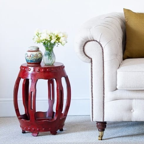 Red Lacquered Oriental Round Table:  Living room by Orchid