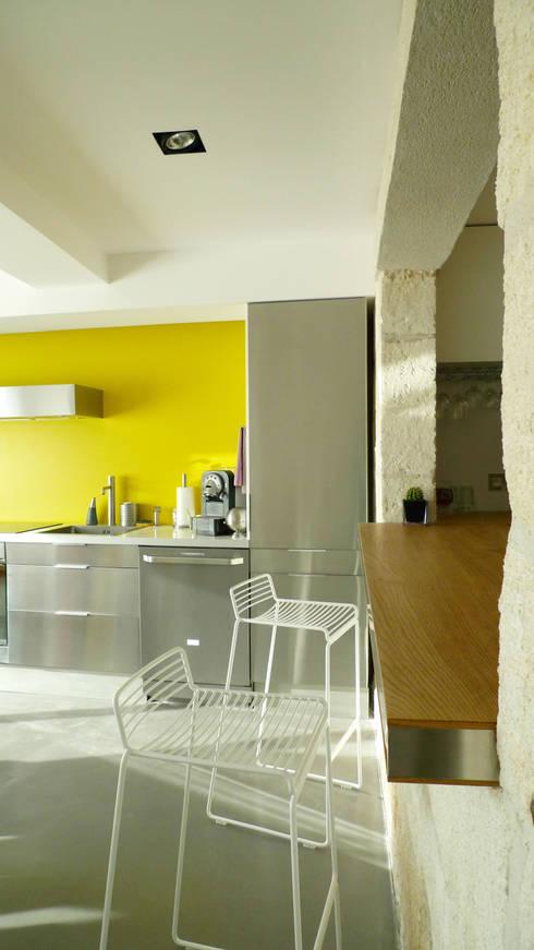 Casa AB: Maisons de style  par Sara de Gouy