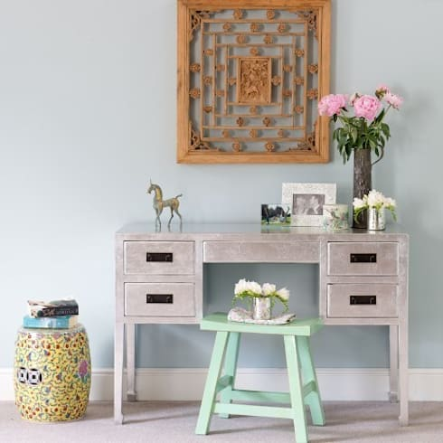 Silver Leaf Ladies Cabinet: asian Living room by Orchid