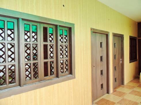 Mini Home Resort:  Walls by Krishna Equytech