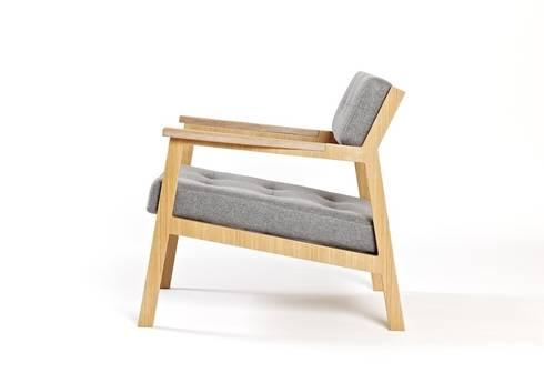 lounge chair: modern Living room by splinterdesigns