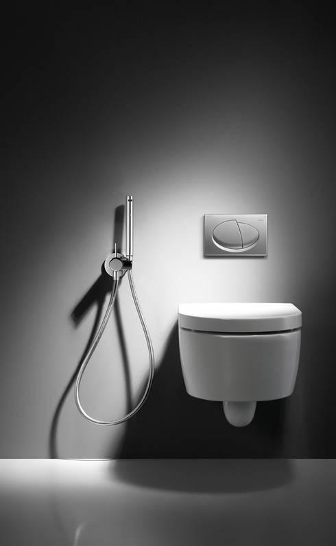 Baños de estilo  por MAMPARAS SANTANDER