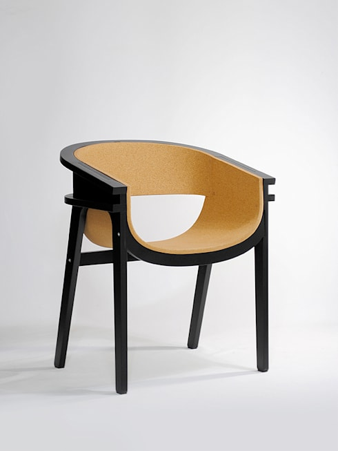 CORZA LAUNGE CHAIR: METAFAUX DESIGN의  실내 조경