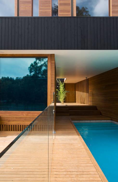 Pool by CHROFI