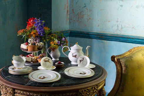 Trapeze Teapot:  Dining room by Melody Rose