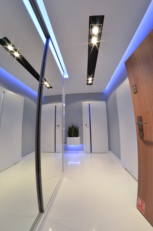 Mieszkanie Gdańsk - 48m2 - 2014: styl , w kategorii Korytarz, przedpokój zaprojektowany przez Pracownia Projektowa Studio86