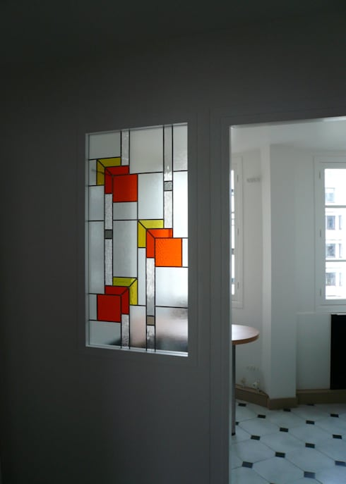 Separation de cuisine en verre vitrail de sparation entre for Porte de separation cuisine salon