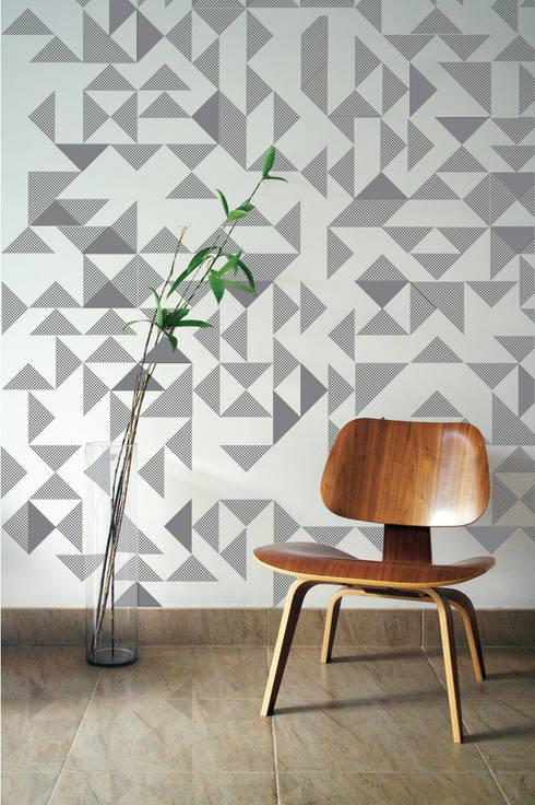 Papier-peint brodé Goldsmiths par Custhom: Murs & Sols de style de style Moderne par the Collection