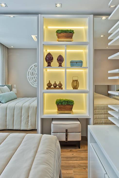 Projekty,  Sypialnia zaprojektowane przez Samara Barbosa Arquitetura