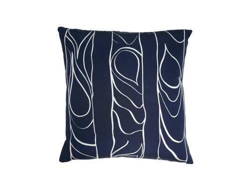 Zhivago cushion 'small': modern Living room by NAT MAKS