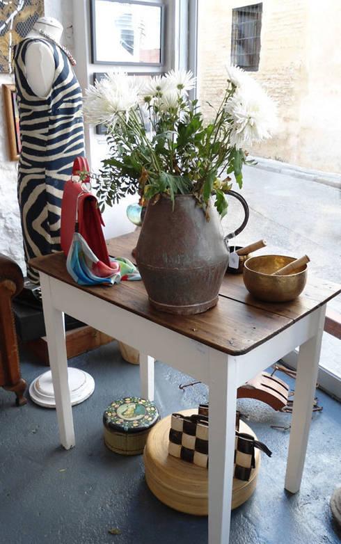 Офисы и магазины в . Автор – Wabi Sabi Shop Gallery