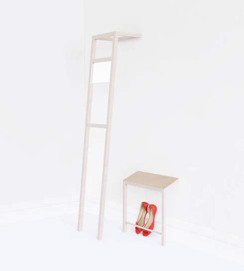 Projekty,  Korytarz, hol i schody zaprojektowane przez Siryane Robillot