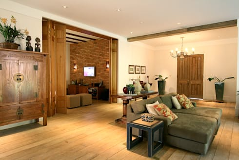 Itatiba. Condominio Quinta da Baroneza: Salas de estar campestres por Prado Zogbi Tobar