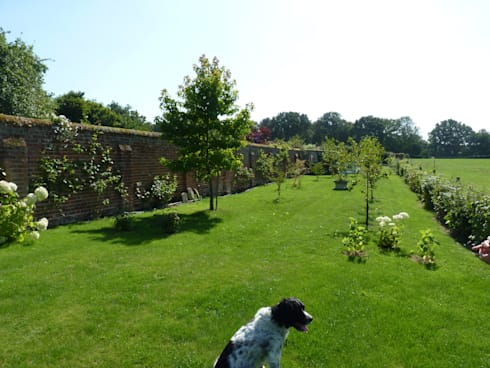 New Arboretum in Berkshire:  Garden by Cornus Garden Design
