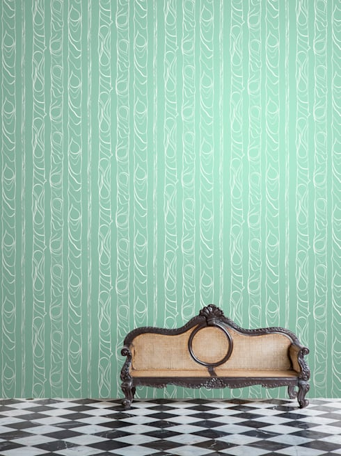 Zhivago wallpaper 'leaf':  Walls & flooring by NAT MAKS