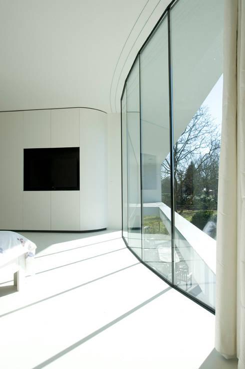 123DV Moderne Villa's의  창문