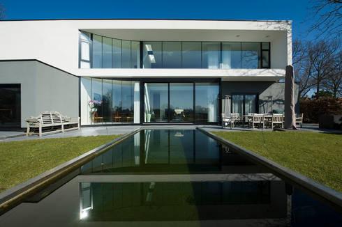 East West Villa:  Terras door 123DV Moderne Villa's