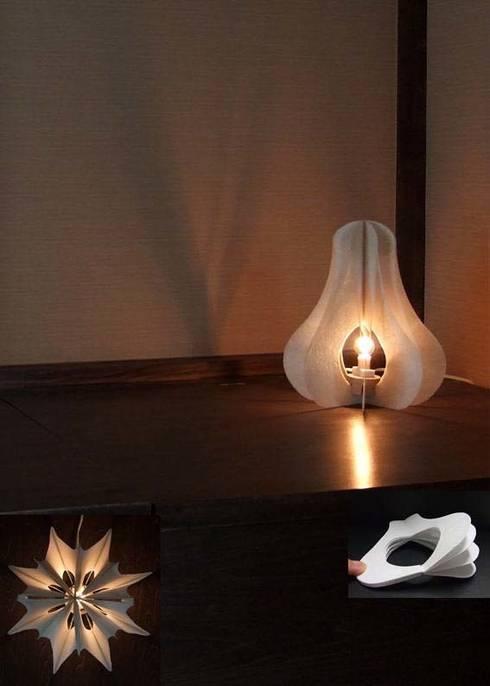 ゆらぎの華   Hana of fluctuation: YUMIKA Designが手掛けたリビングルームです。