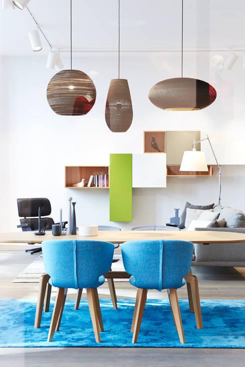 Oficinas y Tiendas de estilo  por Gärtner Internationale Möbel