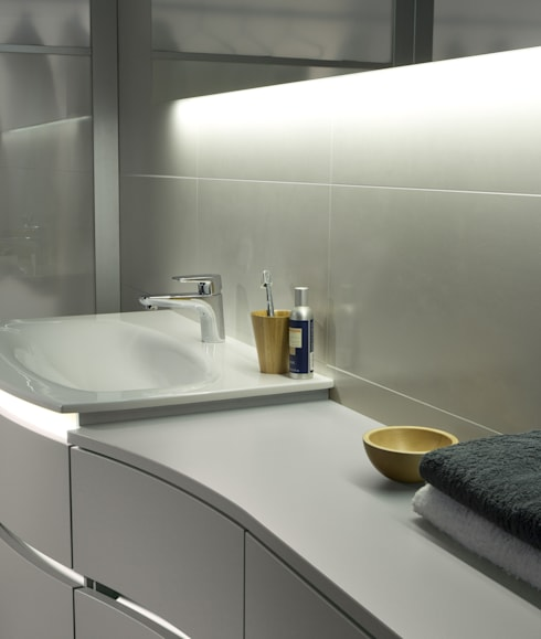 sanipa von sanipa badm bel treuchtlingen gmbh homify. Black Bedroom Furniture Sets. Home Design Ideas
