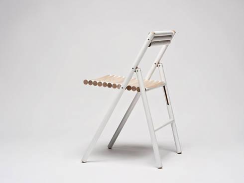 STEEL klapstoel: moderne Eetkamer door Reinier de Jong Design
