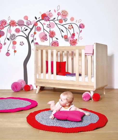 Babushka: Chambre d'enfants de style  par Lilipinso